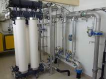 La production maximale de l'ultrafiltration est de 22 m³/h.